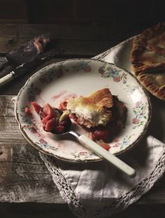 Strawberry and apple pie czyli pie truskawkowo-jabłkowy Food Styling, Cooking Photos, Cooking Tips, Diet Food List, Diet Menu, Diet Foods, Mets, C'est Bon, I Love Food