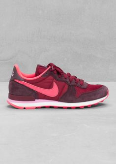 Em, these look like you...JES, vanuit Frankfurt! My new shoes. & Other Stories | Nike Internationalist