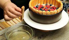 Tort Tiramisu cu fructe de padure , mascarpone si piscoturi - Adygio Kitchen Acai Bowl, Breakfast, Ethnic Recipes, Food, Mascarpone, Acai Berry Bowl, Morning Coffee, Eten, Meals