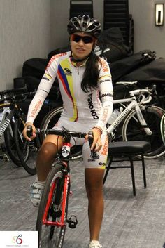 Colombia Cyclist getting read for morning ride on her Stradalli Bike at Richmond 2015