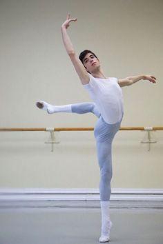 Vaganova Ballet Academy student, Raul Ferreira, photographed by Alina Veselova. Dancers Body, Male Ballet Dancers, Ballet Boys, Poses Dynamiques, Cool Poses, Dance Poses, Vaganova Ballet Academy, Dance Photography Poses, Margot Fonteyn