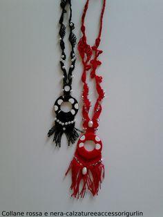 Collane rossa e nera