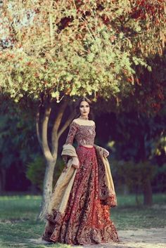 New Wedding Dresses Pakistani Bridal Lehenga Beautiful Ideas Bridal Lehenga Choli, Indian Lehenga, Indian Bridal Wear, Pakistani Wedding Dresses, Pakistani Outfits, Indian Dresses, Indian Outfits, Wedding Gowns, Pakistani Couture