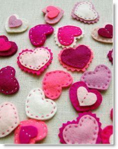 Molly's Sketchbook: Valentine Felt Heart Barrettes & Felt Candy Hearts