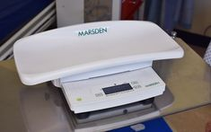 6436954731f The Marsden M-400 is portable and lightweight baby scale