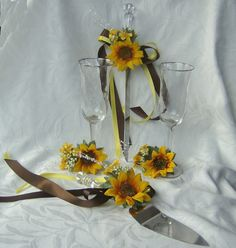 Sunflower wedding Cake Service Set Bride by ChurchMouseCreations, $40.00    <3