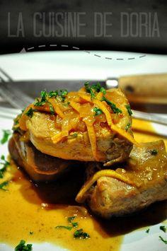 Une recette dont l'inspiration vient du Saveurs n°217... Ingrédients pour 4 personnes 1 filet mignon de porc de 1 kg 3 échalotes 2 oranges 20 cl de crème fraîche + 2 cs pour la purée 25 cl de fond de veau 2 cs de miel 1 cube de bouillon de poule 2 patates...
