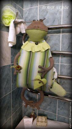 Ванная комната ручной работы. УРСУЛА  (для полотенец). ТАНЯ VLADI. Интернет-магазин Ярмарка Мастеров. Лягушка, хранение белья