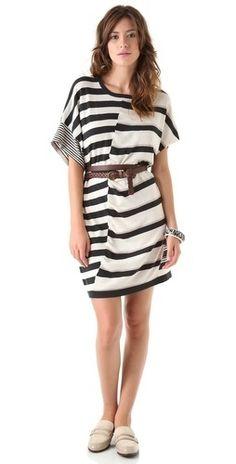 250 неправильно полосатых платьев