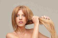 Si lo que deseas es aclarar el cabello naturalmente existen una amplia diversidad de ingredientes naturales que precisamente ayudan a conseguir unos buenos resultados. Este tipo de remedios naturales consisten en utilizar plantas, hierbas y otros productos naturales que ayudan de forma positiva a la