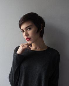 Carla Salle kratka kosa