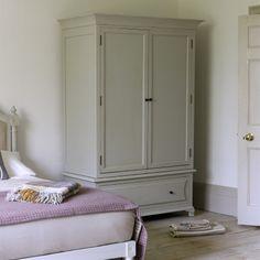 my bedroom wardrobe Chalk Paint Wardrobe, Painted Wardrobe, Cosy Bedroom, Bedroom Decor, White Bedroom, Dream Bedroom, Bedroom Ideas, Mt Design, Armoire