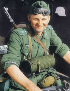 A member of the elite Grossdeutschland division in Russia, 1942. Pin by Paolo Marzioli