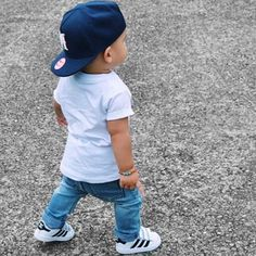 Pinterest @champagneWifeyy Women, Men and Kids Outfit Ideas on our website at 7ootd.com #ootd #7ootd