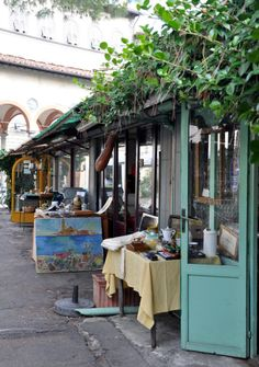 Shopping Experiences in Fashionable Florence - antique market Piazza dei Ciompi.