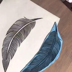 Timelapse start to finish of carving out my feather lino stamp using easy cut lino Stencil Fabric, Fabric Painting, Encaustic Painting, Hand Printed Fabric, Printing On Fabric, Lino Art, Block Painting, Stamp Carving, Handmade Stamps
