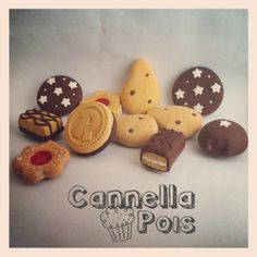 Cannella&Pois: Un po' di calamite Cute Polymer Clay, Diy Clay, Mini Things, Pasta Flexible, Miniture Things, Cold Porcelain, Miniature Food, Gingerbread Cookies, Diy Gifts