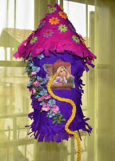 Get some great ideas for your Tangled Birthday Party, like how to make a Tangled Tower Pinata and Rapunzel Braid Hairbands Rapunzel Birthday Cake, Rapunzel Cake, Tangled Birthday Party, Disney Princess Birthday Party, Tinkerbell Party, Rapunzel Braid, Geek Birthday, Tangled Rapunzel, Princess Party