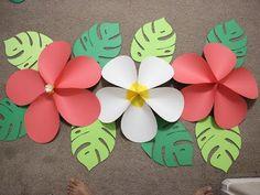Moana birthday part - Paper Flower Backdrop Wedding Aloha Party, Hawaiian Luau Party, Beach Party, Hawaiin Party Ideas, Hawaiin Theme Party, Flamingo Birthday, Luau Birthday, Hawaiian Birthday Parties, Birthday Wall