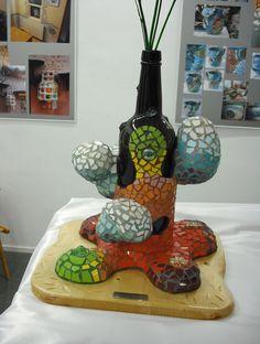 Botella con nubes decorada en trencadís o mosaicos nº4