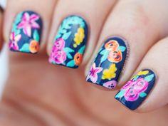Uñas cortas con flores - Short nails with flowers Stylish Nails, Trendy Nails, Cute Nails, Fabulous Nails, Gorgeous Nails, Summery Nails, Dark Nail Polish, Finger Nail Art, Nail Art Blog