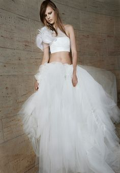 Vera Wang ivory strapless bra and ivory tulle ball-gown skirt with ruched details