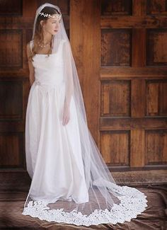 Lace Wedding Veils love it . i want to match my veil to my dress