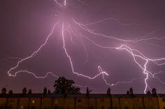 Blitze am Wiener Nachthimmel