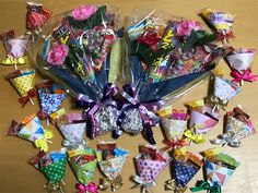 f:id:rainbowstripe:20180321164059j:image Birthday Cup, Girl Birthday, Cookie Packaging, Candy Bouquet, Diy And Crafts, Birthdays, Wraps, Gift Wrapping, Mini