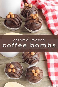 Hot Chocolate Coffee, Hot Chocolate Gifts, Christmas Hot Chocolate, Mocha Coffee, Chocolate Bomb, Hot Chocolate Bars, Hot Chocolate Recipes, Chocolate Snacks, Chocolate Flavors