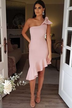 Delicate Spnadex One Shoulder Neckline Sheath/Column Homecoming Dresses With Bowknot Sexy Dresses, Evening Dresses, Short Dresses, Summer Dresses, Classy Dress, Classy Outfits, Casual Outfits, Look Fashion, Fashion Outfits