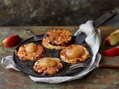 Omenaiset proteiinipannarit pannulla