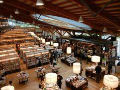 武雄市図書館(佐賀・武雄/JAPAN)