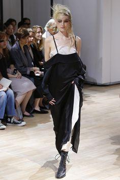 Yohji Yamamoto womenswear, spring/summer 2015, Paris Fashion Week