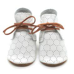 the oxford: swiss dot  www.minimalisma.com #minimalisma #luxurybasics #kidswear