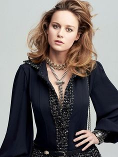 Future Captain Marvel actress Brie Larson in Chanel photographed by Horst Diekgerdes for InStyle US, August Brie Larson, The Avangers, Je T'adore, Hottest Female Celebrities, Bold And The Beautiful, Gorgeous Girl, Hollywood, Crazy Hair, Gal Gadot