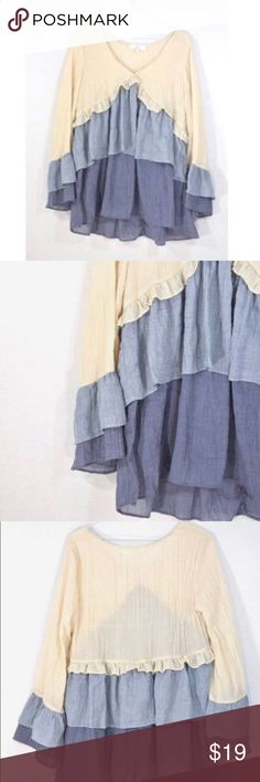 """Entro Long Sleeve BoHo Top Great condition. 29"""" L 18"""" pit to pit Modcloth Tops Blouses"""