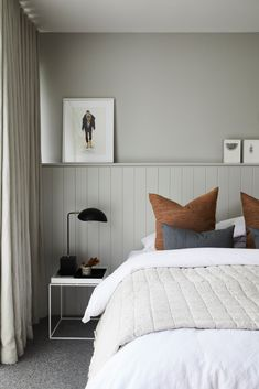 Classic Home Decor Darren Palmers tips for achieving the magazine look at home.Classic Home Decor Darren Palmers tips for achieving the magazine look at home Home Bedroom, Bedroom Decor, 70s Bedroom, Bedroom Interiors, Bedroom Signs, Decorating Bedrooms, Master Bedrooms, Bedroom Ideas, Home Remodeling Diy
