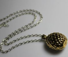 Game of Thrones dragon egg pendant necklace, A Song of Ice and Fire