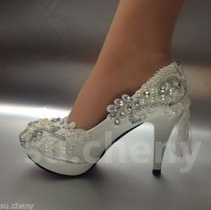 87e17dc46b6691 3-4-034-white-light-ivory-lace-crystal-