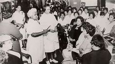 Annie Malone, a self-taught chemist, formulated a product that would help black women straighten their hair without damaging it.After creating her 'Wonderful Hair Grower,' Annie Malone took it to her … Tulsa Race Riot, Hair Grower, Black Walls, Chemist, Black History, Entrepreneurship, Black Women, Boss, African