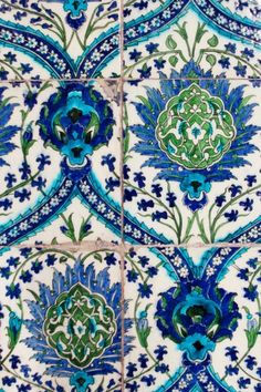 blue white and green tile. stunning. Could use in kitchen on wall or backsplash.  as well as in a bathroom