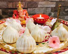 Happy Ganesh Chaturthi! MODAK / KOZHUKATTAI  #modak #ganesha #ganeshfestival #foodporn #healthyeating #foodie #eatingfortheinsta #foodphotography #food #foodstyling #ganeshchaturthi #festival #indianfood #maharashtrian #dailyfoodfeed #sweet #wednesday #thursday #tradition #lovefood #nothingisordinary #festivities #foodfood #yum #instafood Happy Ganesh Chaturthi, Ganesha, Food Styling, Indian Food Recipes, Love Food, Desi, Thursday, Wednesday, Food Photography