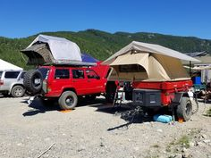 Nice color coordinated two-bedroom Tent Topped Camping setup. Photo by Greg Bird