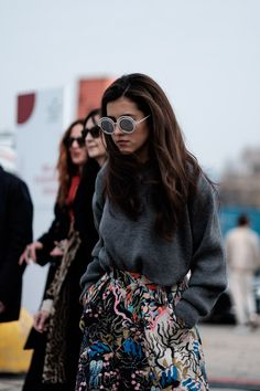 Inspiring street style from Munich, Stockholm, Berlin, Copenhagen, Paris and many other cities worldwide. Vintage looks or classic styles, women and men. With additional fashion news on collections, books, exhibitions and more.
