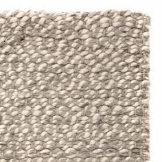 schlingen teppich rh nschaf aus reiner schurwolle. Black Bedroom Furniture Sets. Home Design Ideas