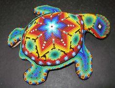 Серия сообщений: Традиционное творчество индейцев Уичоли Fish Patterns, Beading Patterns, Tortoises, Skull Art, People Art, Indian Art, Bead Art, Patience, Plastic Canvas