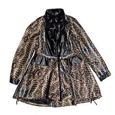 Custo Barcelona Barcelona, Raincoat, Jackets, Fashion, Rain Jacket, Down Jackets, Moda, Fashion Styles