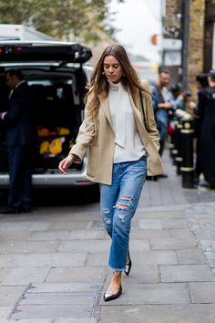 See Every Stylish Look That Hit the Streets of London During Fashion Week Day 5