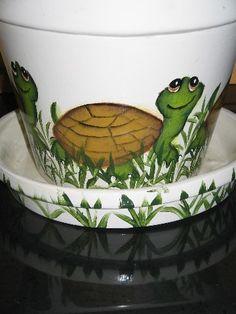 Large Flower Pot Hand Painted Turtle Design Ceramic by DonnasMailboxesandMore Flower Pot Art, Large Flower Pots, Clay Flower Pots, Flower Pot Crafts, Ceramic Flower Pots, Painted Clay Pots, Painted Flower Pots, Hand Painted, Clay Pot Projects
